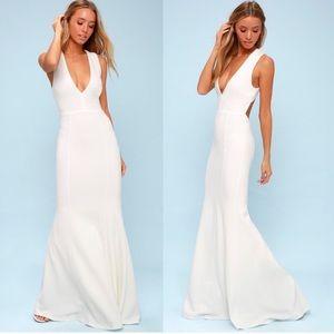 NWT Lulus Heaven & Earth Open Back Maxi Dress